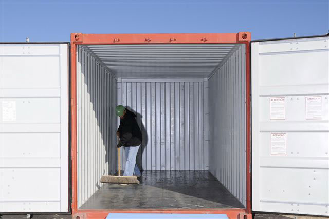 Photo-shoot—fitting-containers-008